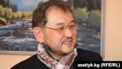 Эмил Үмөталиев.