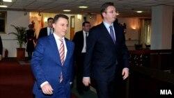 Премиерот Никола Груевски и неговиот српски колега Александар Вучиќ.