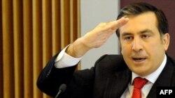 Грузия -- Президент Михаил Саакашвили өкмөт жыйынында НАТОнун машыгууларына байланыштуу Россиянын каршылыгын АКШ четке какканын маалымдады.