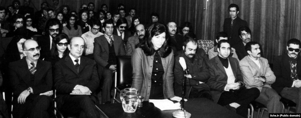 در دادگاه گلسرخی و همراهانش در حال ارائه دفاعیه
