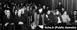 صحنهای از دادگاه گلسرخی و همراهانش