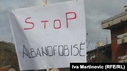 Nga protestat që ka shkaktuar largimi i lapidarit në Preshevë...
