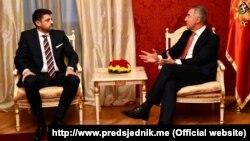 Ambasador Srbije Vladimir Božović i predsjednik Crne Gore Milo Đukanović