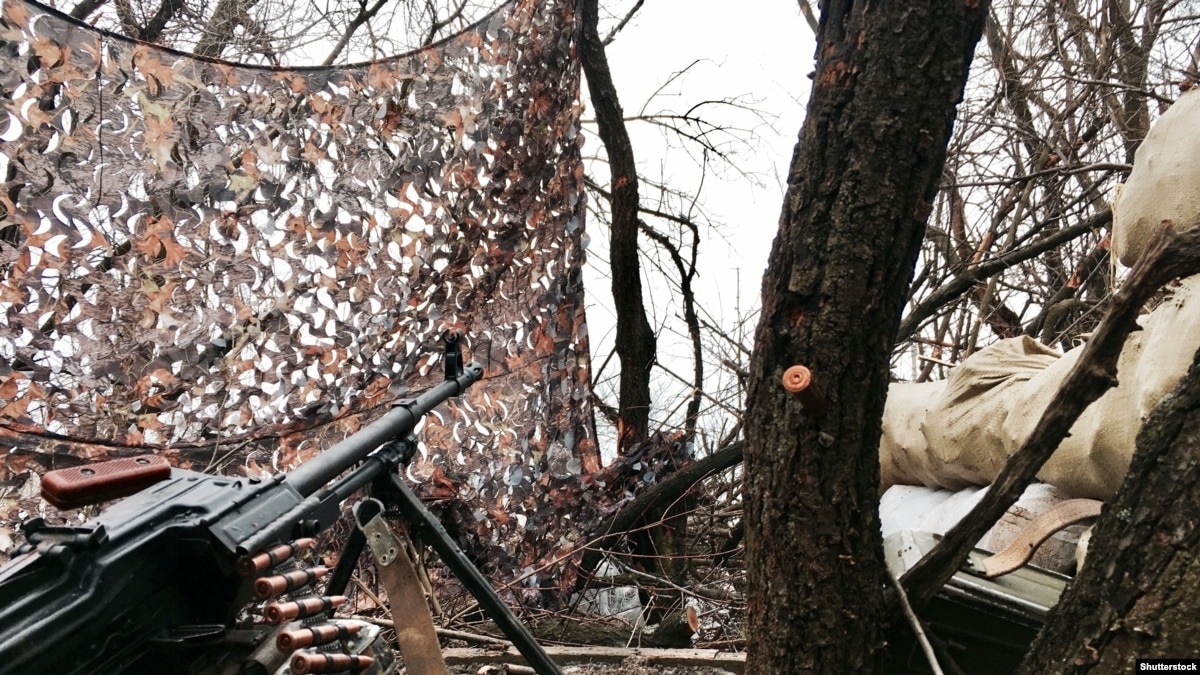 За прошедшие сутки боевики 6 раз нарушили режим прекращения огня, один военный погиб – штаб