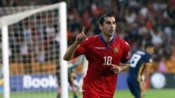 Մարզական լրագրողները չեն բացառում, որ Մխիթարյանի` հավաքականին չմիանալու պատճառը կոնֆլիկտն է ՀՖՖ-ի հետ