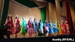 Удмуртия татарлары иң чибәр кызны сайлады