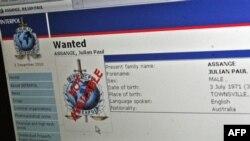 """U.S. -- The """"Wanted"""" Interpol web page for Wikileaks founder Julian Assange is seenin Washington, DC, 30Nov2010"""