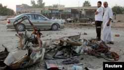 Iraqi cities have been rocked by violent attacks, such as this car bombing in Baghdad, in recent weeks. (file photo)