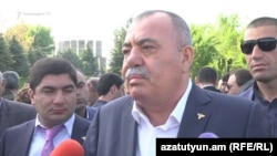 Armenia - Retired General Manvel Grigoryan speaks to reporters in Yerevan, 8 May, 2017