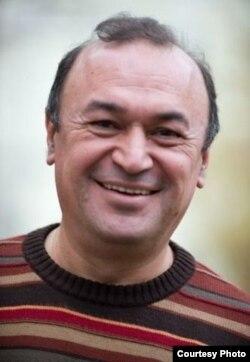 Тахир Базаров