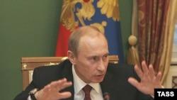 Putinin varidatının 35-40 milyard dolları keçdiyi bildirilir