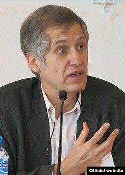 Profesorul universitar de istorie a creștinismului, Michel Grandjean (Universitatea din Geneva)