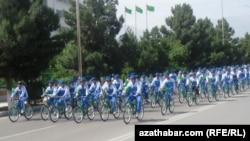 Массовый велопробег в честь Дня велосипеда, Ашхабад, 3 июня, 2018 год