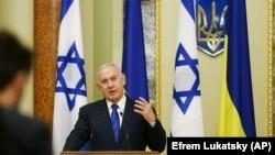 Посольство поновлює роботу за рішенням суду