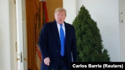 Дональд Трамп в Розовом саду у Белого дома, 15 февраля 2019