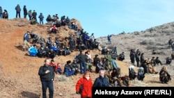 Рядом с урочищем Илантау в дни проведения состязаний между беркутчи. Алматинская область, 23 февраля 2013 года.