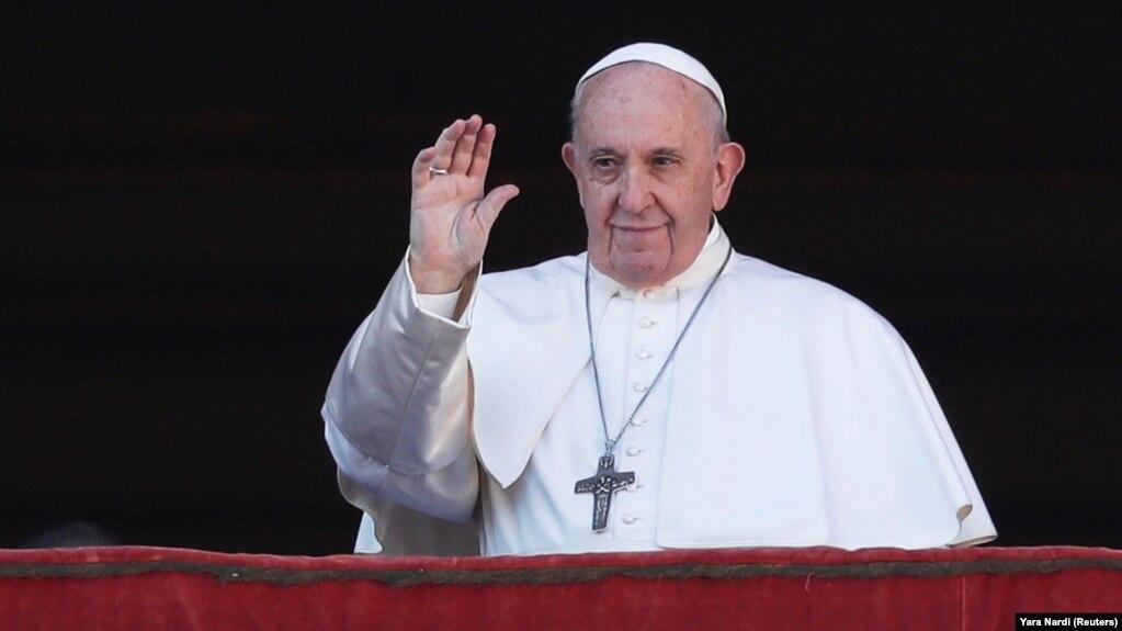 Папа Римський Франциск і раніше висловлювався на підтримку ЛГБТ, однак це перший його заклик на чолі католицької церкви надати їм можливість оформлювати свої стосунки