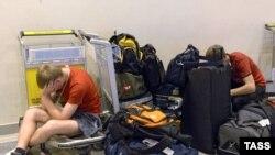Аэропорт «Кольцово» выставил компании «Сибавиатранс» счет за содержание ожидавших вылета пассажиров