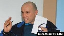 Журналист и экоактивист из Темиртау Олег Гусев.
