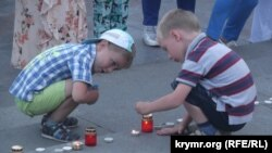Акция «Зажги свечу» в Ялте
