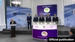 Фото с сайта ЦИК Узбекистана.