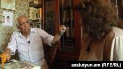 Ռուբեն Մարուխյանը զրուցում է «Ազատության» հետ, արխիվ