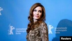 Американская актриса и режиссер Анджелина Джоли.