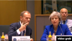 Donald Tusk și Theresa May, Bruxelles, 25 noiembrie 2018.