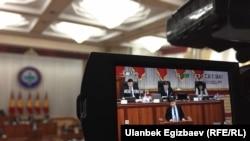 Сапар Исаков парламентте, 31-январь, 2018-жыл