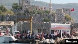 Мигранты на турецкой территории возле города Бодрум