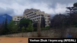 «Национализированный» крымскими властями санаторий «Ялтинский» Министерства обороны Украины