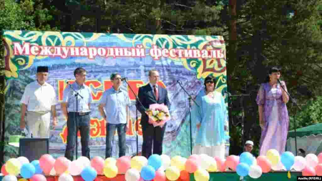 Фестивальне ачуда катнашучылар