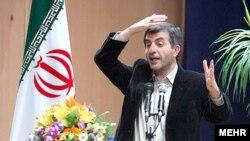 اسفندیار رحیم مشایی بارها گفته است که در انتخابات سال آینده نامزد نخواهد شد