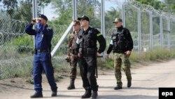 Mađarski i poljski vojnici i policajci na granici sa Srbijom