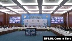 Расширенное заседание комиссии по делам женщин и семейно-демографической политики в Астане.