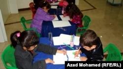 الموهوبون السبعة يرسمون في معرضهم