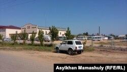 Школа, в которой расположен штаб по восстановлению порядка в Ералиевском сельском округе. 2 августа 2016 года.