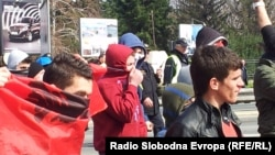Протести на млади Албанци во Чаир и на Бит Пазар на 8 март 2013 година.