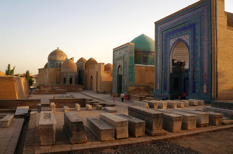 Находятся ли эти хорошо сохранившиеся исторические здания на территории Казахстана?