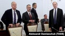 Группа американских конгрессменов-республиканцев на встрече с мэром Петербурга Георгием Полтавченко. 2 июля 2018 года.