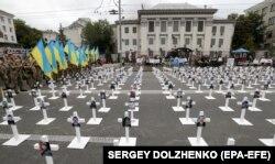 Портреты погибших в боях за Иловайск в августе 2014 года