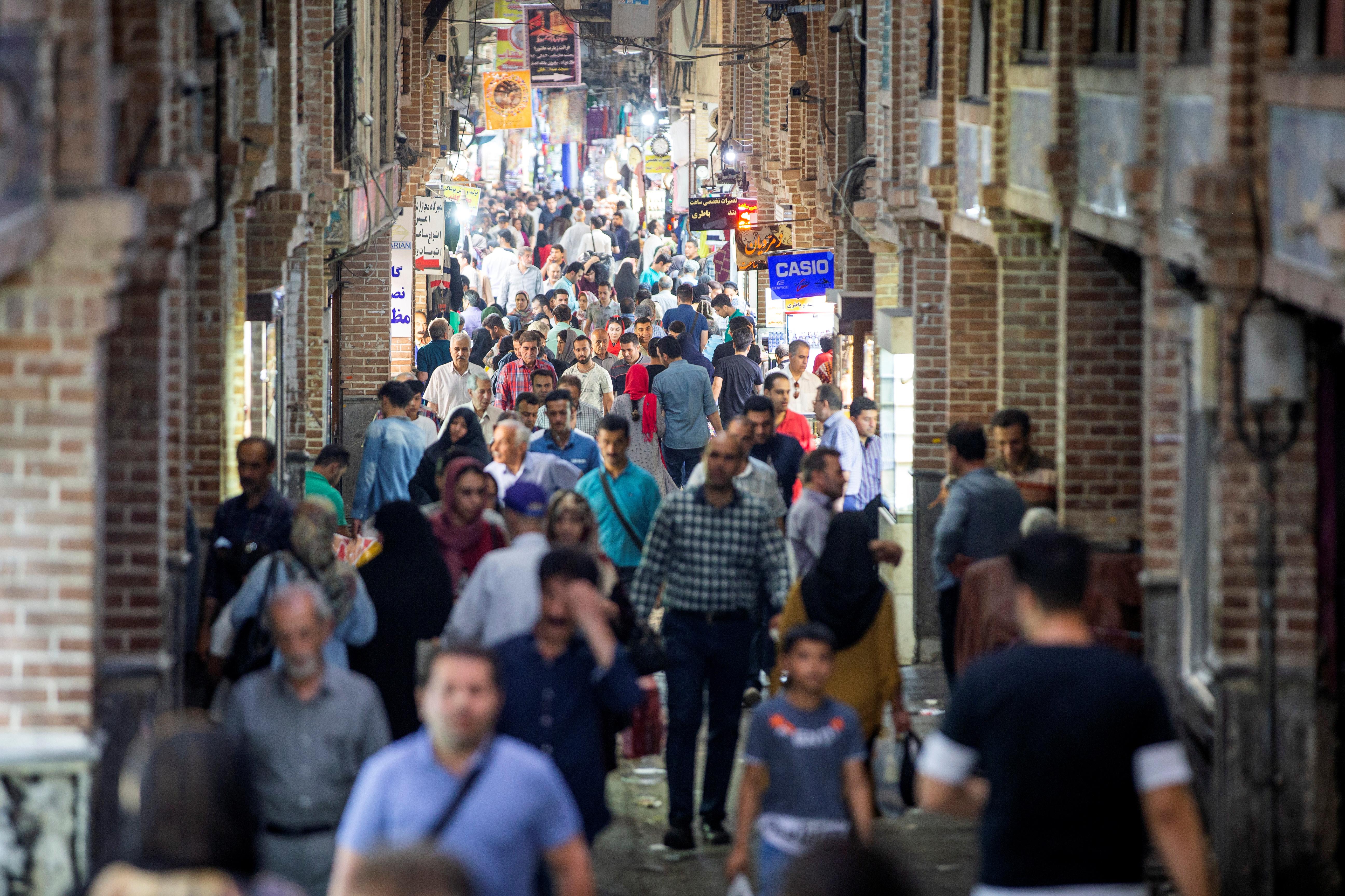 Колькі людзей жыве ў Іране?