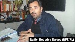 Џеми Хајредини ракводител на секторот за образование во општина Струга.