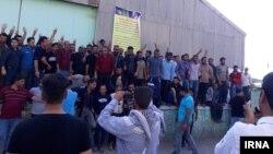اعتصاب کارگران هفتتپه حدود یکماه پیش آغاز شد.