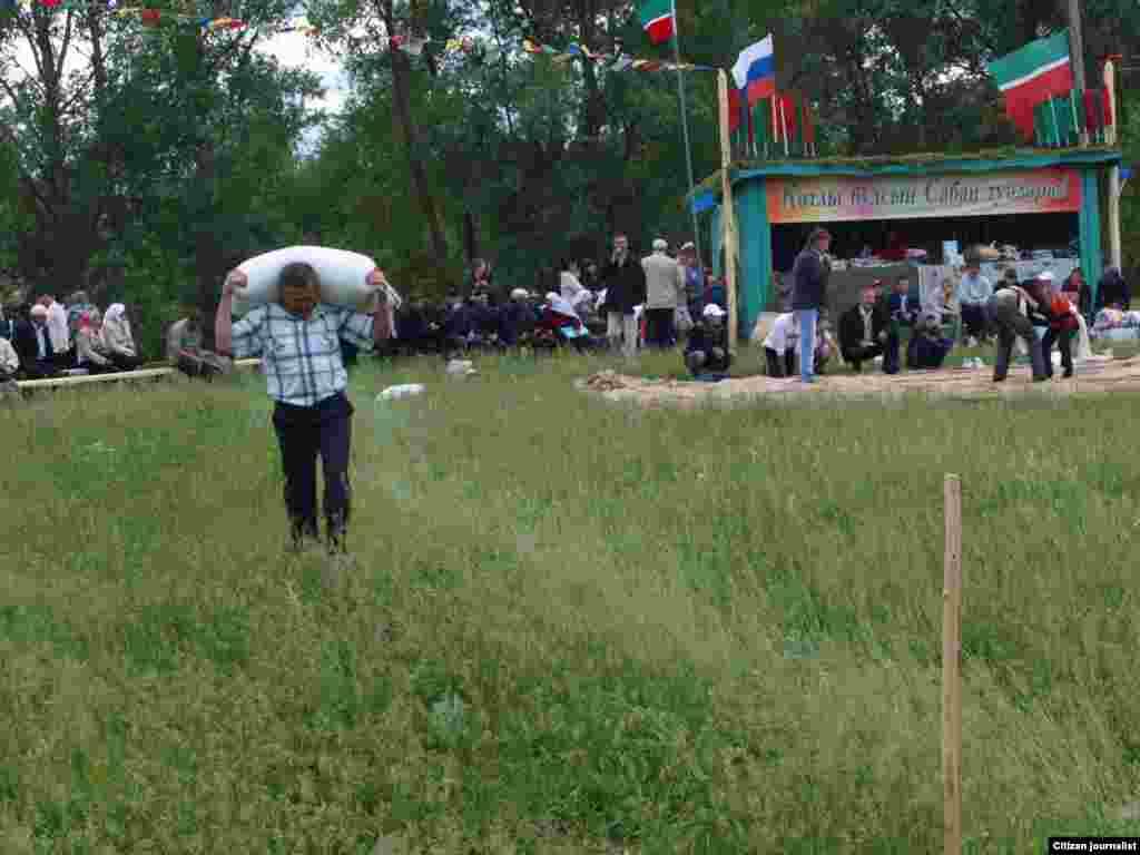 Нөнәгәр авылы, Балтач районы, 12 июнь 2011 (Алсу Нуретдинова фотолары)