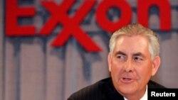 Exxon Mobil ընկերության նախագահ և գործադիր տնօրեն Ռեքս Թիլերսոնը՝ պետքարտուղարի թեկնածու, Դալաս, 28-ը մայիսի, 2008 թ.