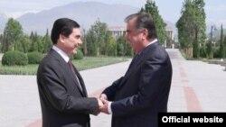 Türkmen prezidenti G.Berdimuhamedow täjik kärdeşi E.Rahmon bilen görüşýär, Duşenbe, 5-nji maý, 2014