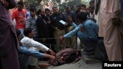 Каменуваната жена во Лахоре