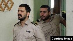 محسن کیایی و حامد بهداد در فیلم «سدمعبر»