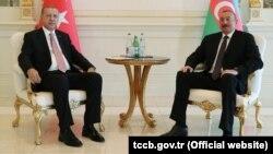 Ադրբեջանի նախագահ Իլհամ Ալիևը Բաքվում ընդունում է Թուրքիայի նախագահ Ռեջեփ Էրդողանին, արխիվ